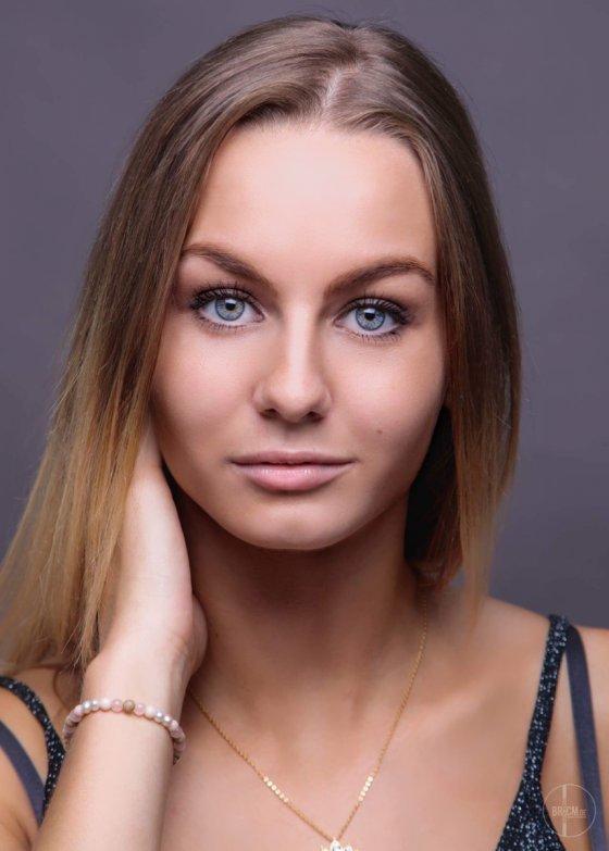 model deutschland emilia g | pixolum