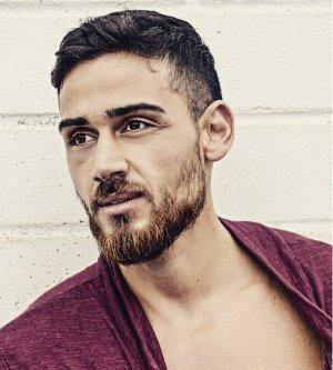 Model Erfan M