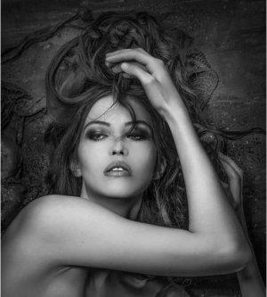 Model Lisa N