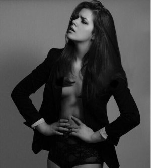 Model Alexandra P