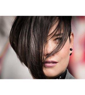 Model Ramona R