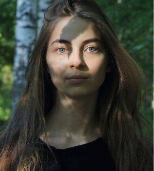 Model Dariya N