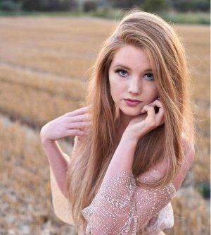 Model Nicole M