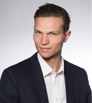 Model Marc H