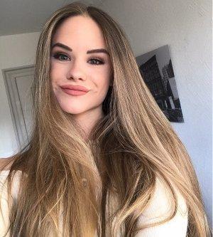 Model Maria W