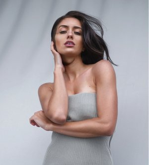 Model Tanja B