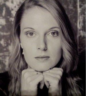 Model Olga N