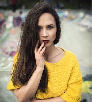 Model Jenny V