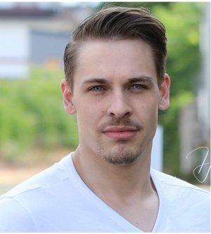 Model Andreas F