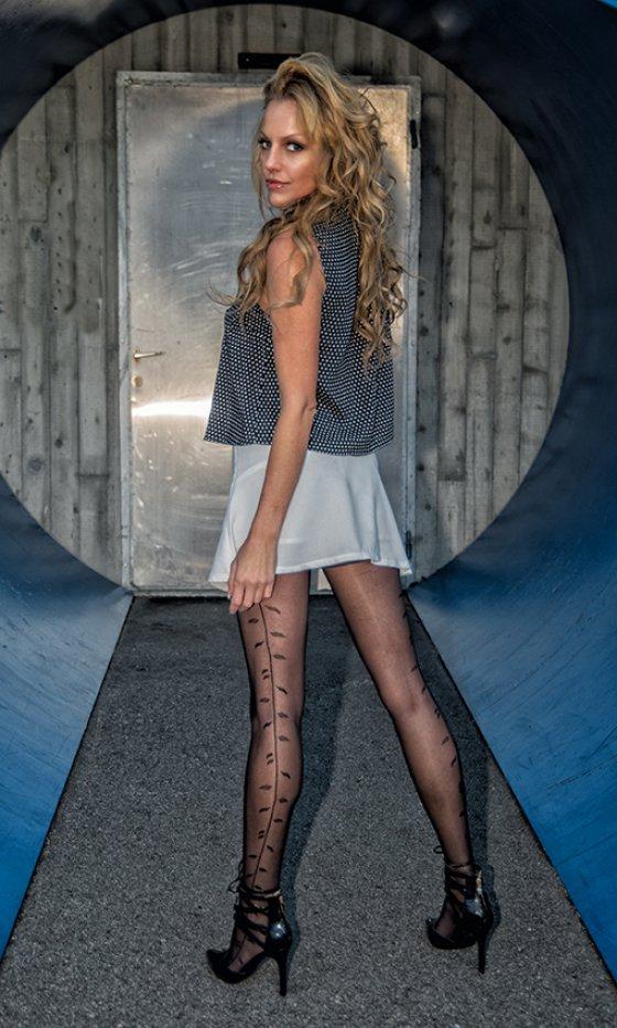 model schweiz sarah le9 | pixolum