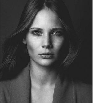Model Simona M