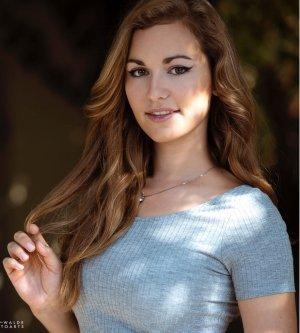 Model Linda M