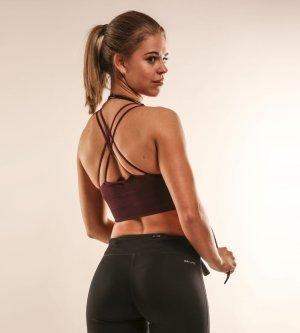 Model Jennifer F