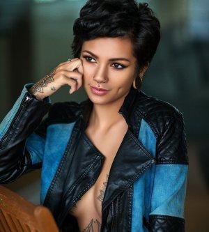 Model Maris K