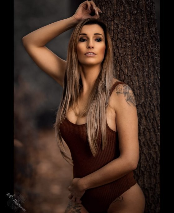 model deutschland claudia hi7 | pixolum