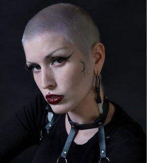 Model Aylin P