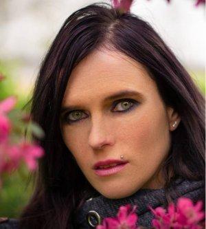 Model Kathrin W