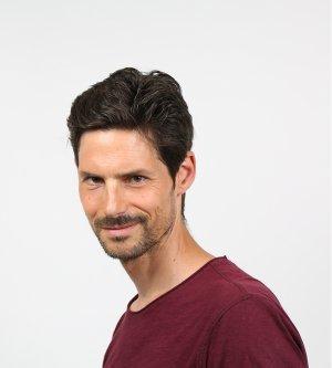 Model Nils R
