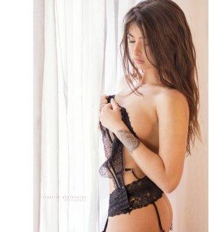 Model Marina H