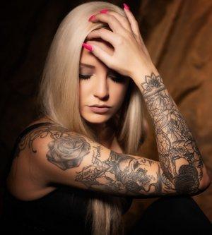 Model Jasmin J