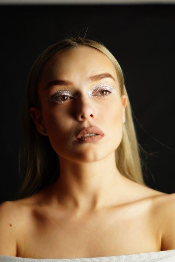 model deutschland flavia a | pixolum