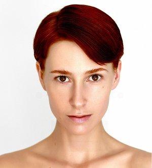 Model Caroline E