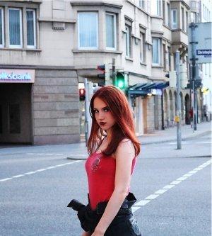 Model Nina K
