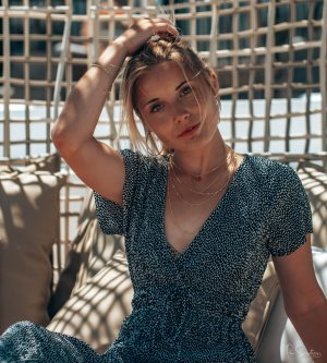 Model Denise P
