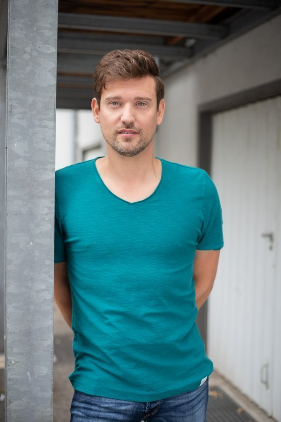 model deutschland joe g | pixolum