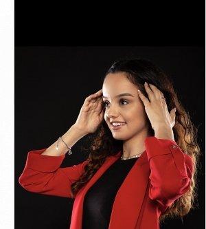 Model Vanessa C