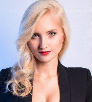 Model Joanna M